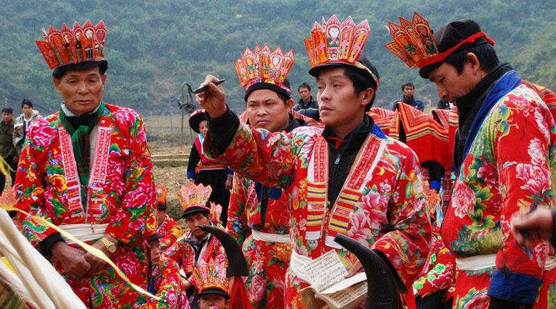 Dân Tộc Dao Đỏ Ở Sapa Lào Cai