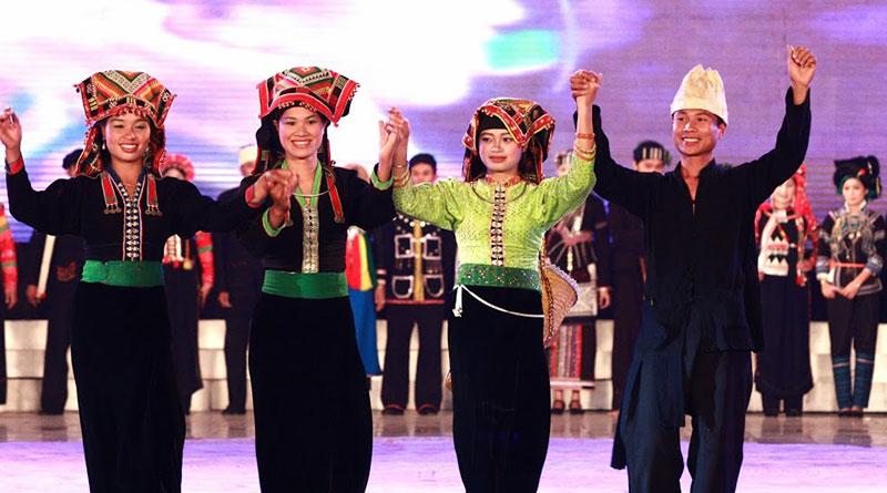Người Kháng Lào Cai