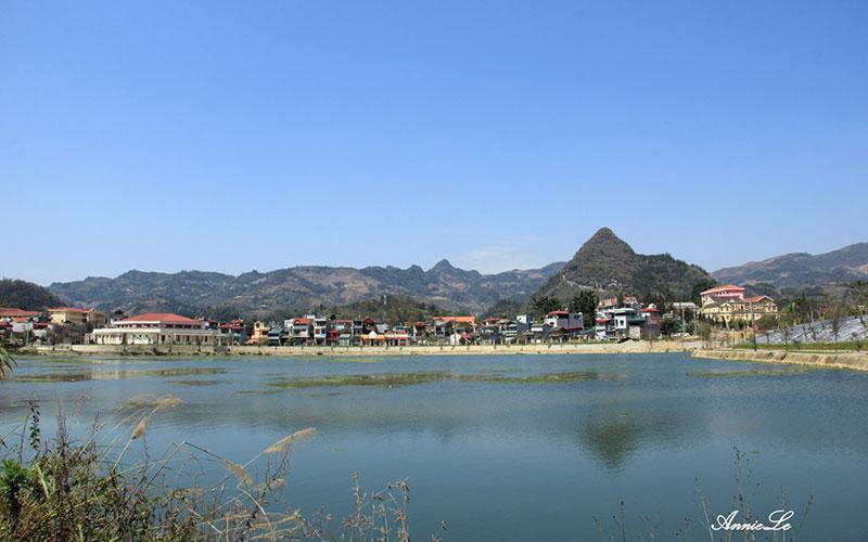 Hồ Đồng Tuyển Lào Cai