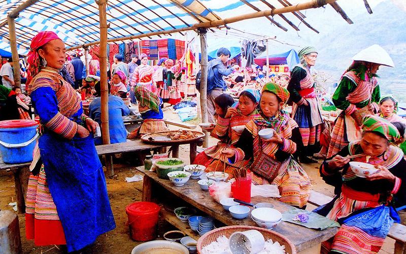 Chợ Mường Hum Lào Cai 1