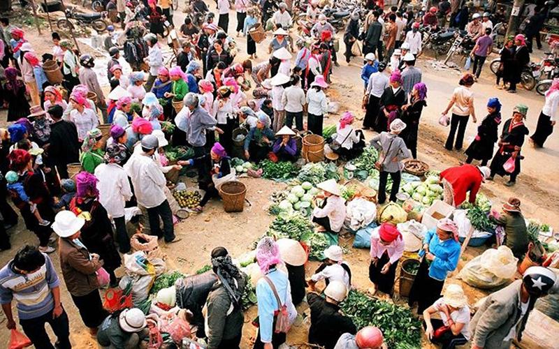 Chợ Mường Hum Lào Cai 2