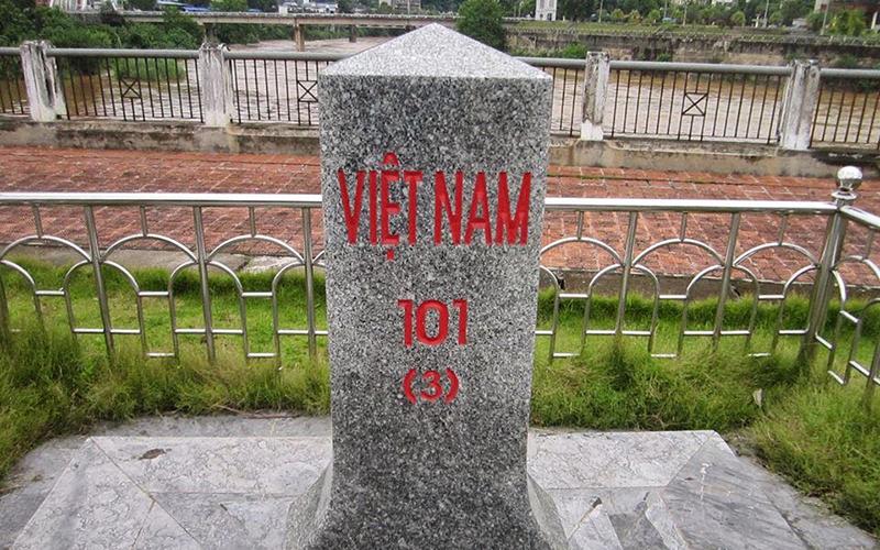 Mốc Giới Số 101 Và 104 Lào Cai