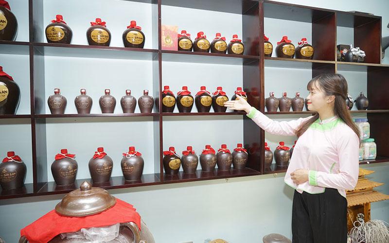 Rượu Sim San Lào Cai – Hương Vị Rượu Hảo Hạn